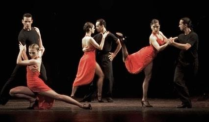 Picture of tango dancers